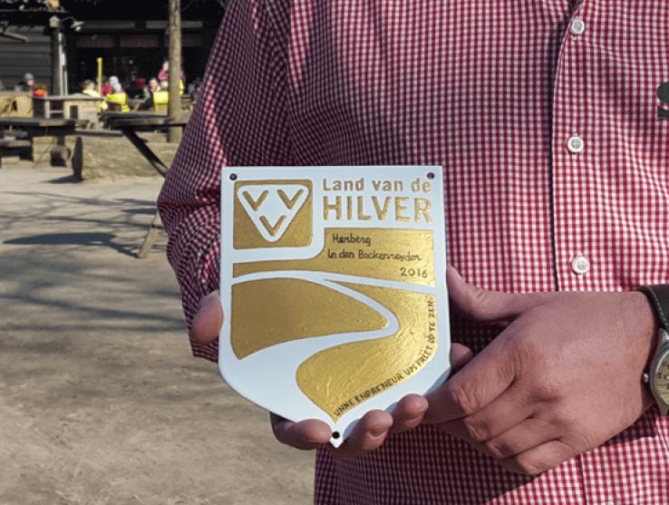 """Gouden schildje voor """"In den Bockenreyder"""""""